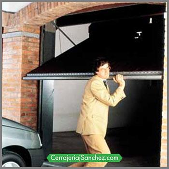 ¿Por que automatizan las puertas de garaje?